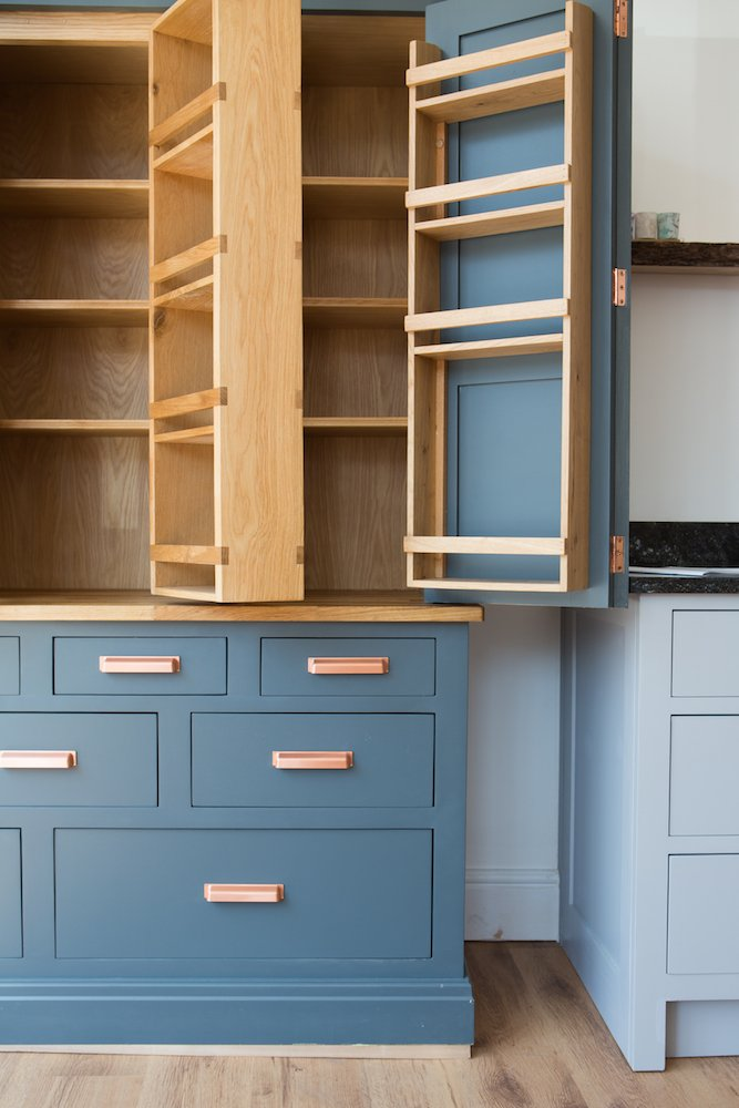 Choosing a colour scheme for your bespoke kitchen in Cheshire